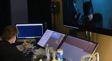 "Мэтт Ривз поделился фото с монтажа ""Бэтмена"" с Робертом Паттинсоном"
