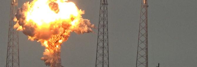 SpaceX может отложить запуски ракет на 12 месяцев