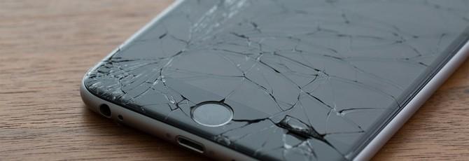 """Motorola запатентовала экран смартфона, способный """"лечить"""" трещины"""