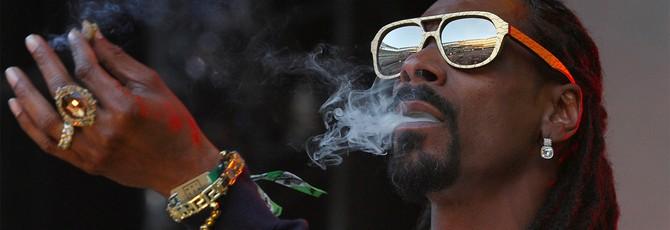 Snoop Dogg закурил косячок прямо во время стрима на Twitch