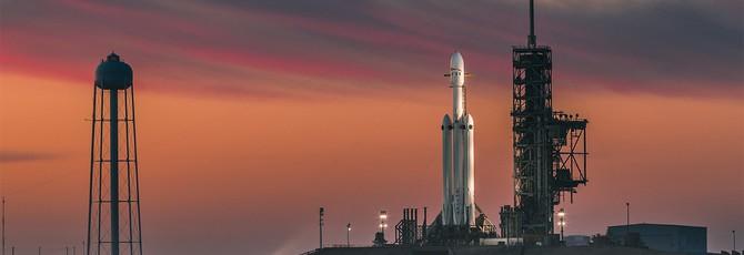 SpaceX назвала причину отказа двигателей центрального ускорителя Falcon Heavy на посадке
