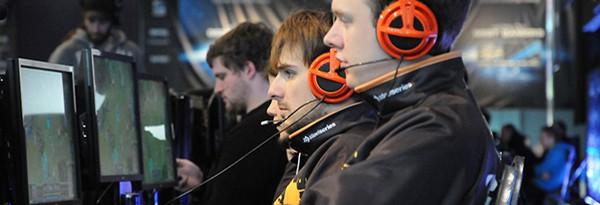 StarCraft II и League of Legends — официальные игры IEM 7