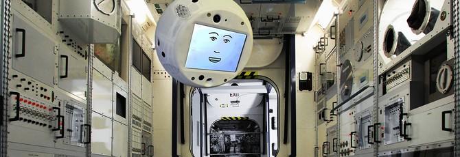 Блог: Летающий робот Cimon появился на борту космической станции