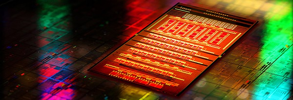 Sunday Science: IBM готовится к производству Кремниевой Нанофотоники