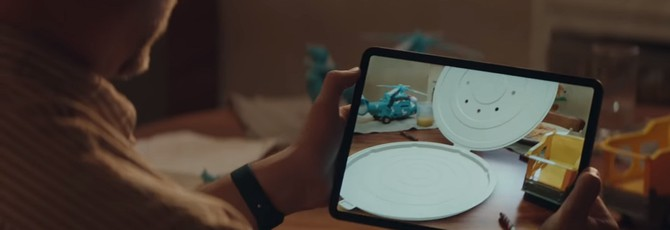Apple создает круглую коробку для пиццы в новом рекламном ролике