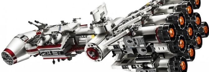 """LEGO представила перевыпуск набора """"Корвет Тантив IV"""""""