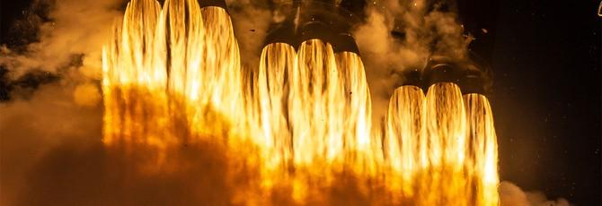 Американская комиссия одобрила запуск 1600 интернет-спутников SpaceX