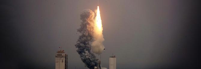 Китай успешно запустил ракету с корабля в Желтом море