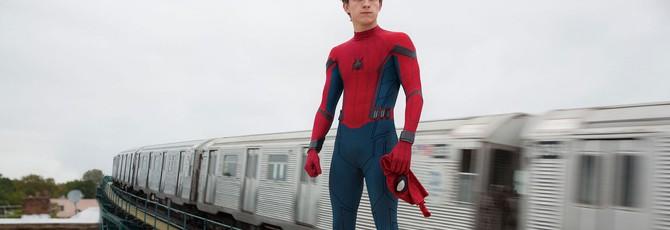 """У Тома Холланда могло быть камео в """"Человеке-пауке: Через вселенные"""""""