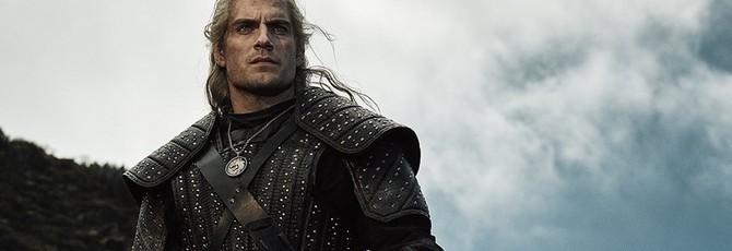 Поклонники Ведьмака возмущены отсутствием второго меча у Геральта из сериала Netflix