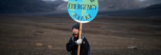 """Ученые Исландии устроили церемонию """"прощания"""" с ледником Окйокулль"""
