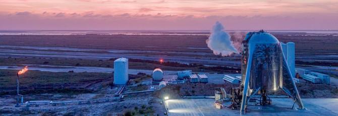 SpaceX испытала прототип ракеты Starhopper, запустив на высоту 150 метров