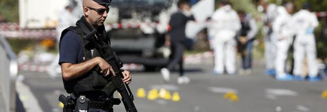 Мужчина стримил, как стреляет по людям в Германии — Twitch не сразу забанил трансляцию