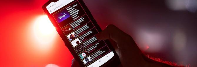 Motorola представила складной RAZR с гибким экраном