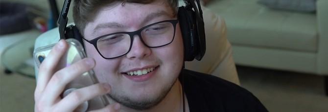Про-геймер Fortnite в прямом эфире Twitch оплатил студенческий кредит матери
