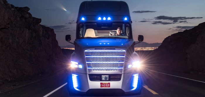 Автономные грузовики получили разрешение на езду по дорогам США