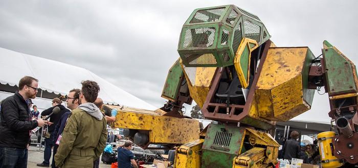 Америка собирает $500 тысяч для сражения с Японским роботом