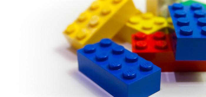 Тапочки, которые защитят от Lego