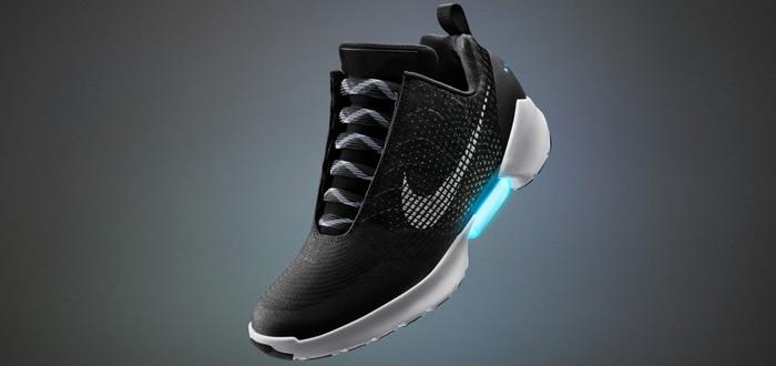 Nike анонсировала серийные кроссовки с автоматической шнуровкой