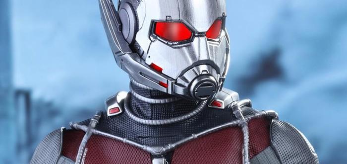 Фигурка Человека-муравья из Civil War от Hot Toys