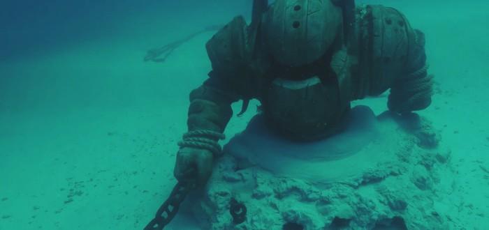 Статую Наутилуса из League of Legends опустили на дно океана