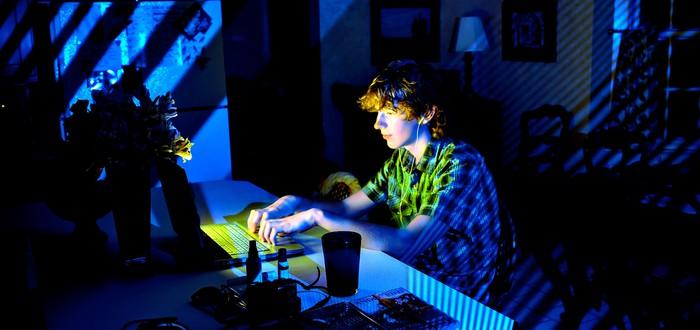 Бедные и богатые подростки используют интернет по-разному — в чем отличия