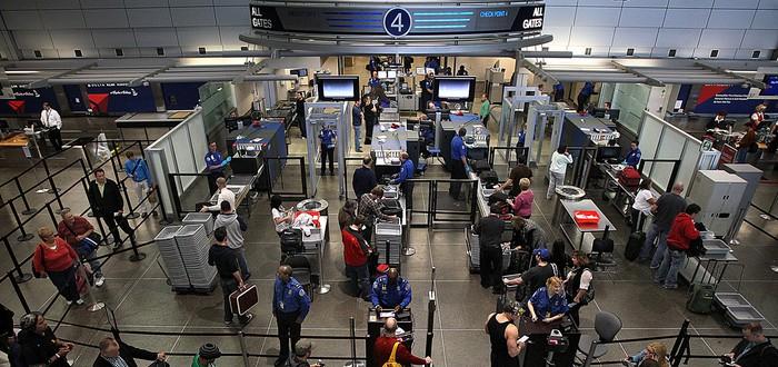 Белый Дом рассматривает запрет на все лэптопы в самолете