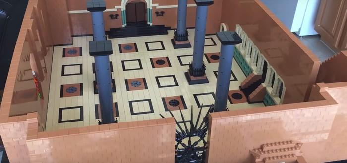 Тронный зал Серсеи из Lego