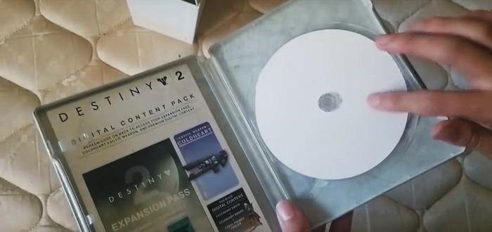 Диск PC-версии Destiny 2 сделан из бумаги