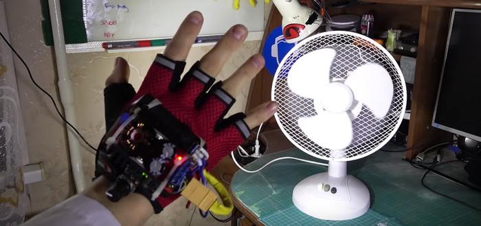 Безумный инженер создал перчатку, замедляющую время