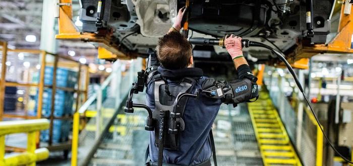 Ford инвестирует в экзоскелеты