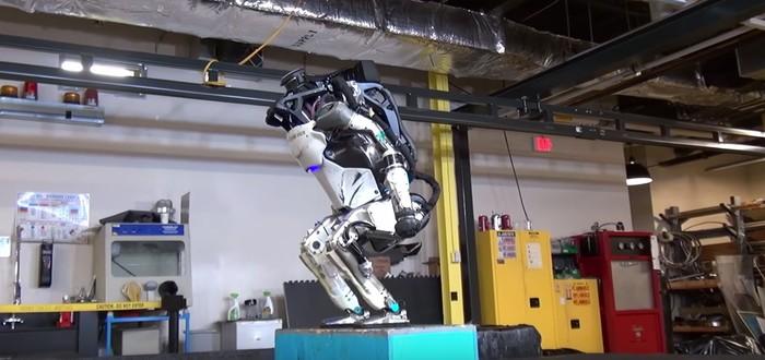 Boston Dynamics научила робота-гуманоида делать сальто без проводов и страховки