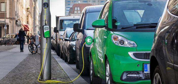 Bloomberg: продажи электромобилей растут