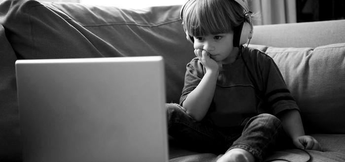 YouTube начал борьбу с эксплуатирующими маленьких детей видео-роликами