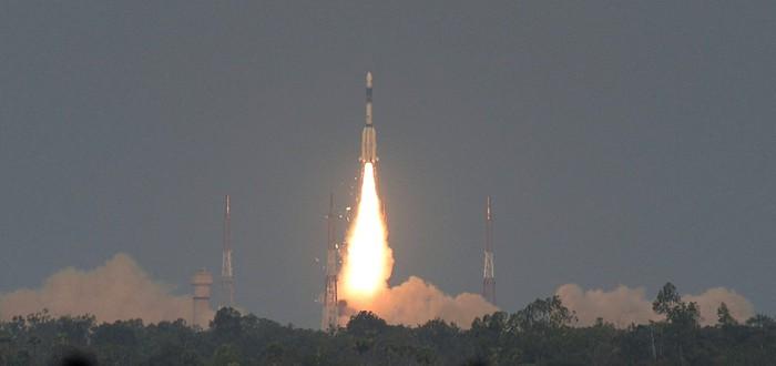 Индия потеряла сигнал с недавно запущенным спутником