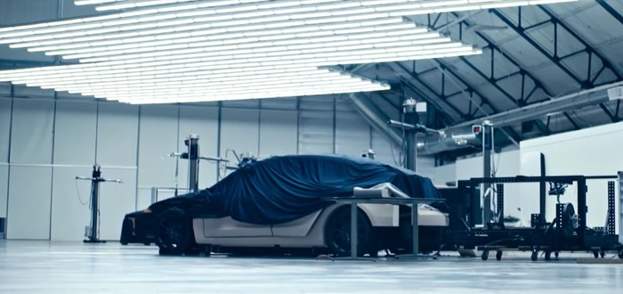 Tesla показала загадочный автомобиль в последнем видео