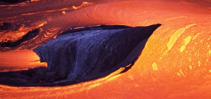 Извержение вулкана Килауэа с высоты космоса
