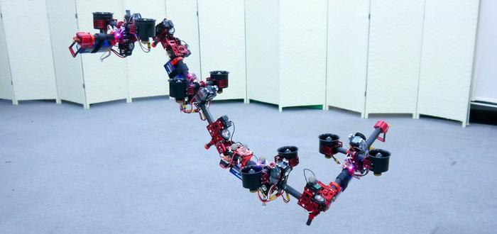 Японские инженеры создали летающего робота-трансформера