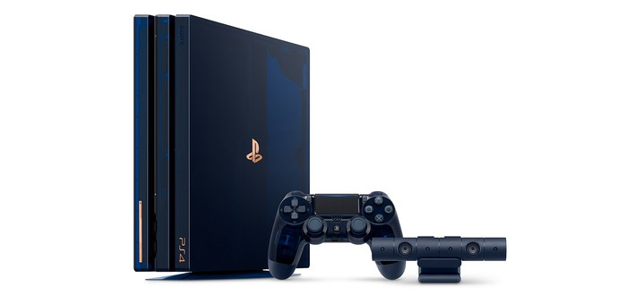 Анбоксинг полупрозрачной PS4 Pro