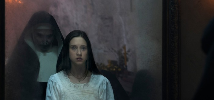 """Гремящий звук пустоты: Рецензия на хоррор """"Проклятие монахини"""""""