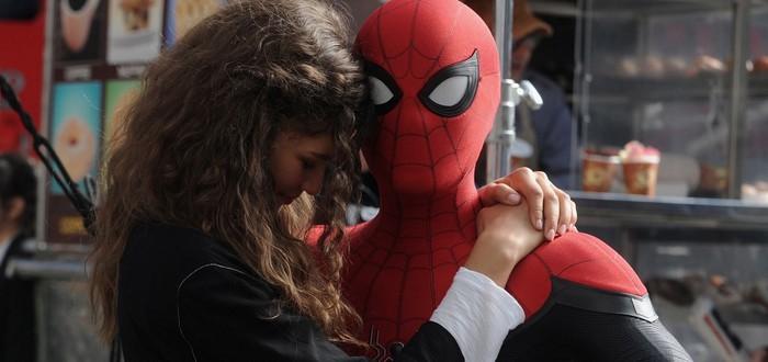"""Дебютный трейлер кинокомикса """"Человек-паук: Вдали от дома"""""""