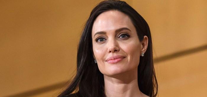 """Анджелина Джоли сыграет в новом фильме режиссёра """"Ветреной реки"""""""