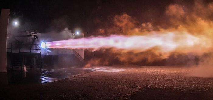 Прошли первые тесты запуска двигателя Raptor для корабля Starship