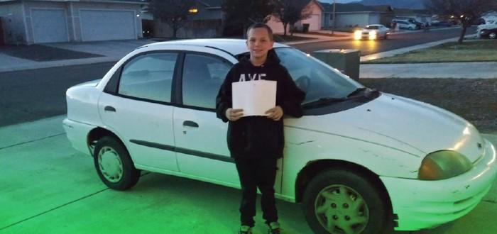 Тринадцатилетний парень продал Xbox, чтобы купить машину маме