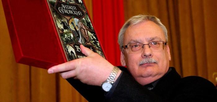 Сапковский оценил образ Геральта от Netflix и побывал на съёмках сериала