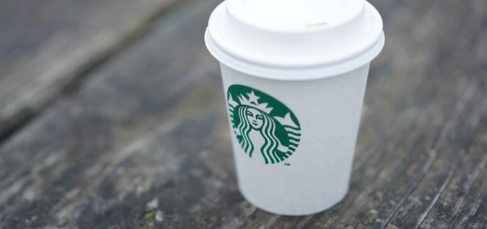 Мод Skyrim добавляет в игру стакан из Starbucks
