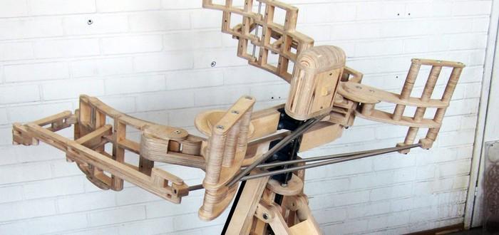Этот деревянный механизм создан для самообъятий