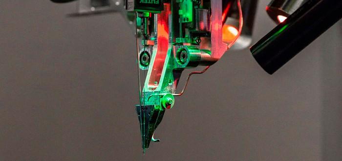 Компания Илона Маска Neuralink намерена встроить сенсоры в мозг человека в следующем году