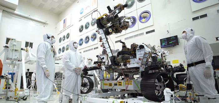 """Посмотрите, как марсоход Mars 2020 """"прокачивает бицепс"""" с 40-килограммовой башней"""