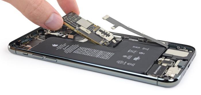 Вскрытие iPhone 11 Pro Max — что внутри нового девайса Apple